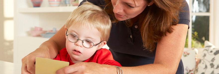 garde d'enfant en situation de handicap